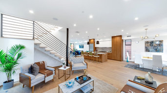 Venice Beach ,California - Modern Staging Design