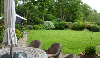 Country Cottage with Innovative Garden