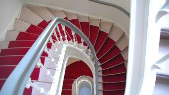 Ковровые покрытия на лестницах.