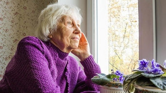 6 Factors that Lead to Social Isolation in Seniors
