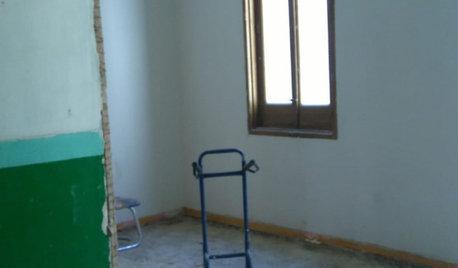 De interior destartalado a piso cómodo para un profesor de arte