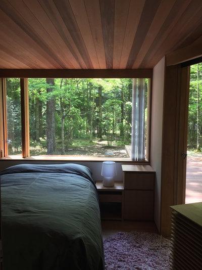 モダン 寝室 by KEN YOKOGAWA ARCHITECT & ASSOCIATES INC.