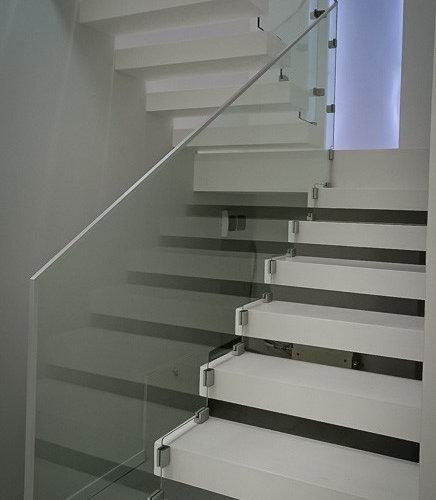 Лестничное ограждение из стекла - Элементы лестниц