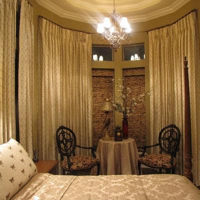 Home design - traditional home design idea in Austin