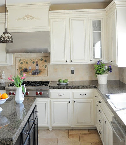 Repainting Oak Kitchen Cabinets: Repainting The Kitchen Cabinets