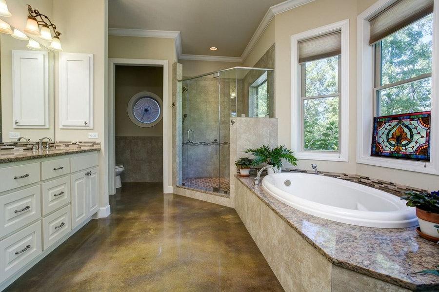 Bath & Kitchen