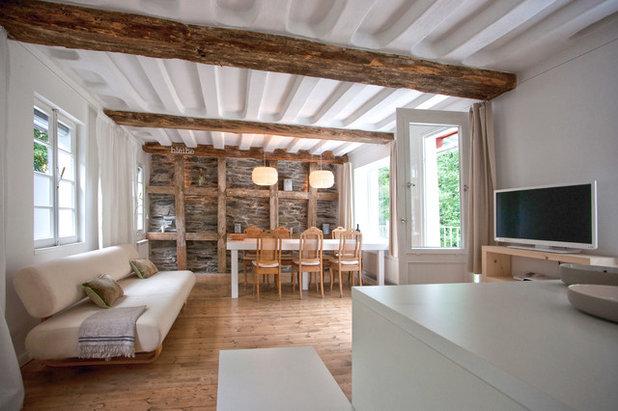 le case di houzz il recupero di una fabbrica di panni del 1760. Black Bedroom Furniture Sets. Home Design Ideas