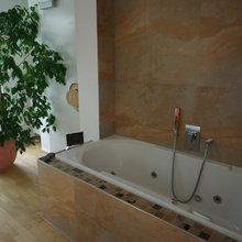 Whirlpool im Schlafzimmer - Mediterran - Badezimmer ...