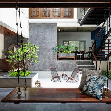 Urban Courtyard House