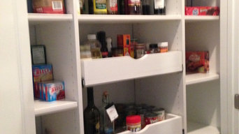Pantry Pull-Outs Help You Stay Organized