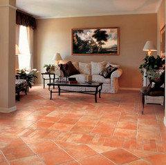 Che colori abbinare al pavimento in cotto for Arredamento moderno su pavimento in cotto