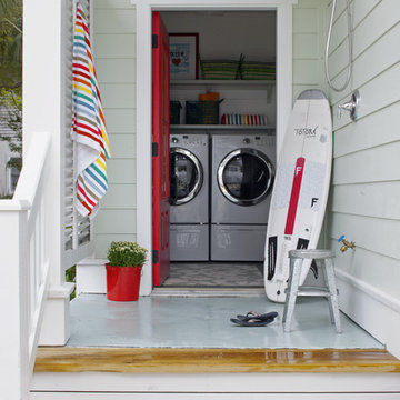 Outdoor Shower / Laundry