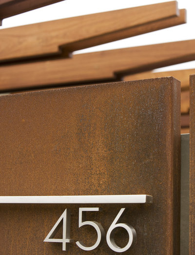 Retro  by Laidlaw Schultz architects
