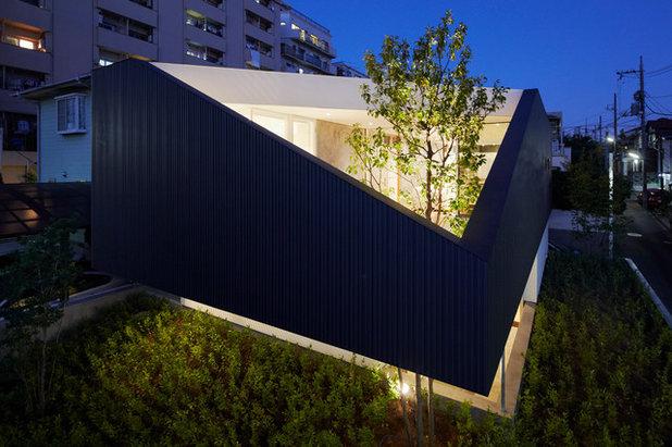 Moderne Façade by 山縣洋建築設計事務所