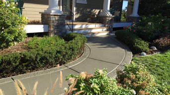Regular colored concrete with stamped borders 2/2
