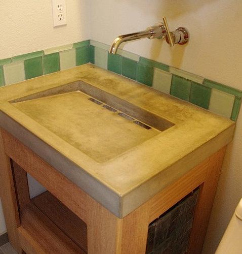Ideen Výstavba Koupelny Green Style Bathroom Badezimmer Stil: Industrial Badezimmer Mit Grünen Fliesen Ideen & Beispiele