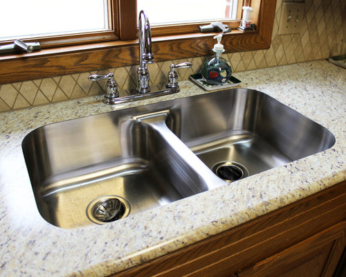 Santa Cecilia Formica Countertops And Tile Backsplash