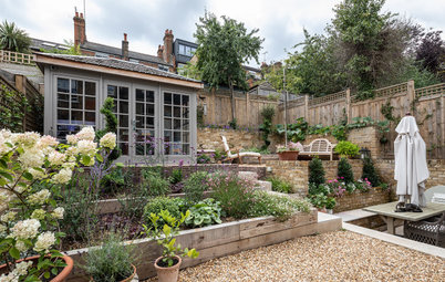 Professional Ideas for Tackling Sloping Gardens and Varied Levels