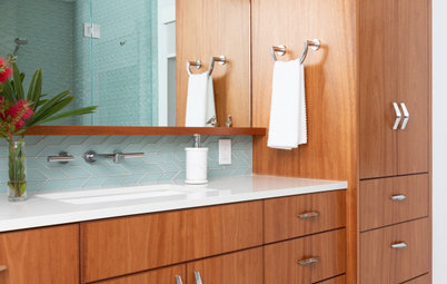 Bathroom of the Week: Spa Feeling and Midcentury Style