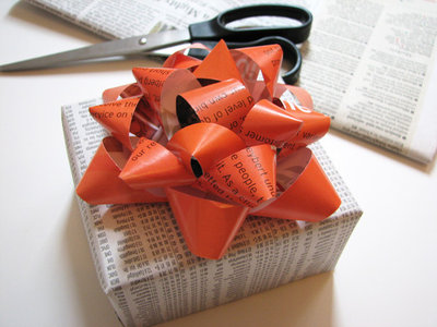 Eclectic  How About Orange Gift Bow Tutorial