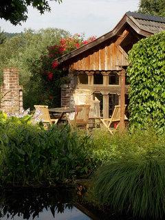 kletterrosen pflanzen und pflegen f r ein vertikales bl tenmeer. Black Bedroom Furniture Sets. Home Design Ideas