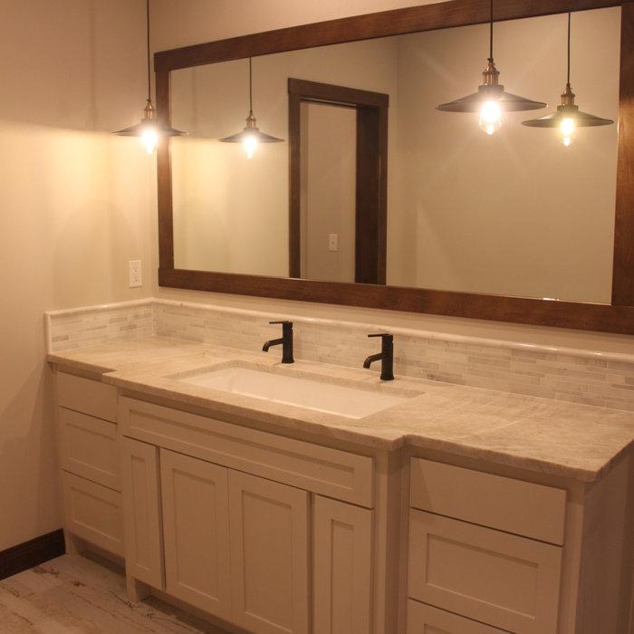 Walrod Traditional Modern Home-bathroom