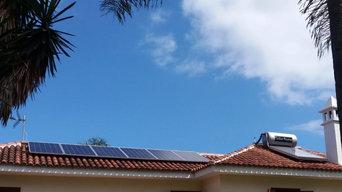 Fotovoltaica de autoconsumo con acumulación y A.C.S en vivienda particular.