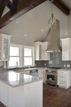 Which White Paint For Kitchen Cabinets Bm Decorator White Or White Dove