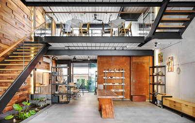 Houzz Tour: A House Designed by its Architect-Owner For His Artist Wife