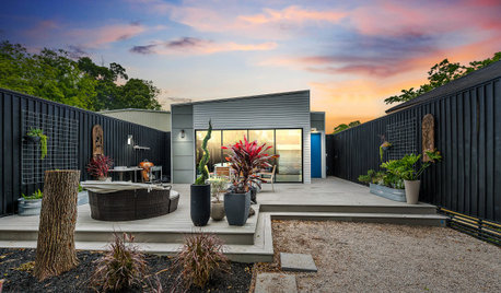 Houzz Tour: Cool Industrial Style for a Modern Bungalow