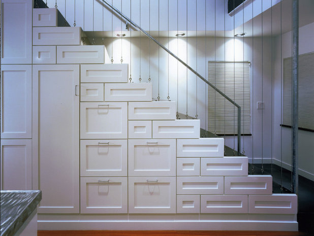 Contemporary Staircase by lawrencearchitecture.com