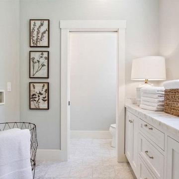 Mason Street Residence - Laundry / Powder Room