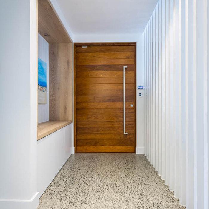 Entryway photo in Gold Coast - Tweed