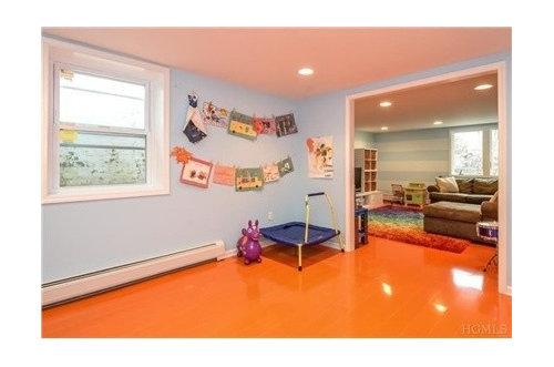 Orange Floors What Color Walls