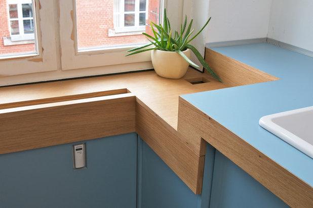 die bootsk che im altbau ein hellblauer traum mit ecken und kanten. Black Bedroom Furniture Sets. Home Design Ideas