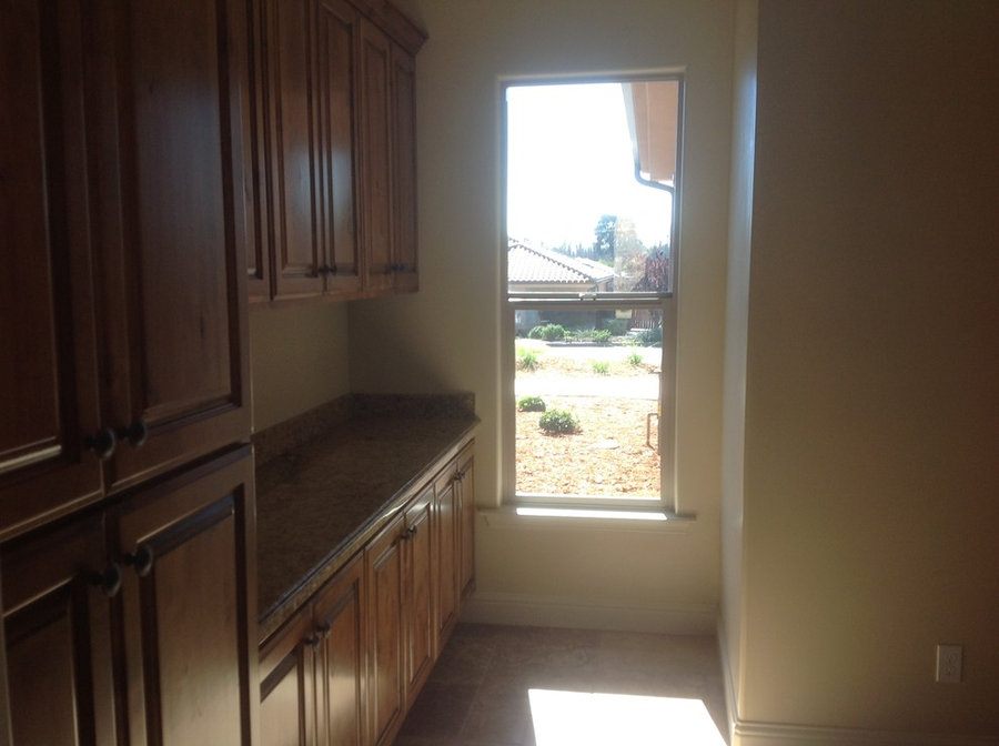 849 Via Seco, Nipomo, California - natural light brightens laundry room