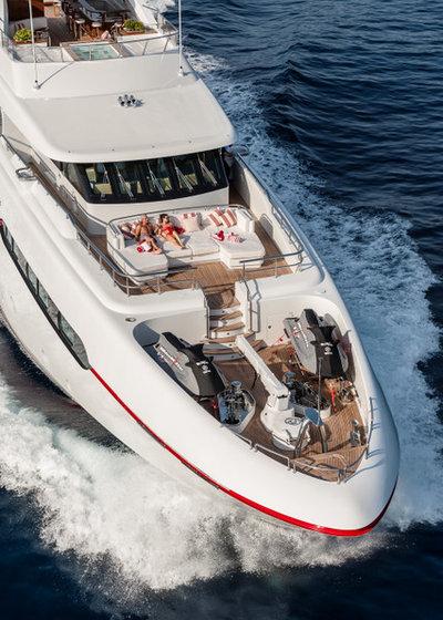 Guise PrivéeUn Yacht Surprise De En Cadeau Visite Luxe 0nOkX8wP