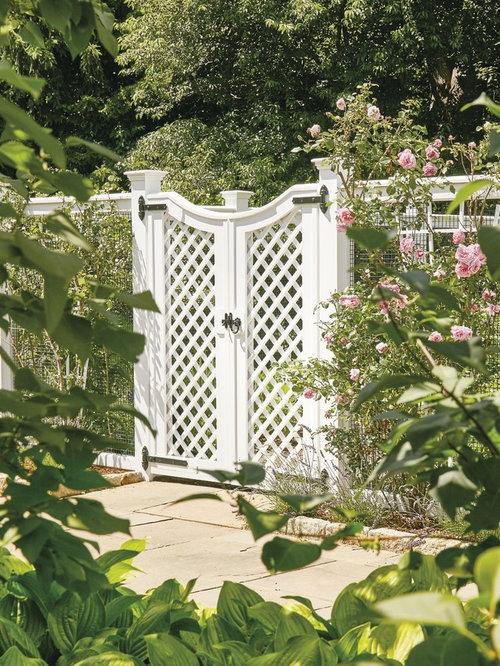 AZEK Lattice Garden Enclosure Gate   Home Fencing And Gates