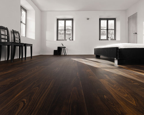 Parkettmanufaktur PLANK 1-STRIP BEECH CHESTNUT BROWN brushed with bevelled edge - Engineered Wood Flooring