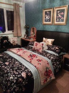 Marvelous I quite like to see lots of different colours and textures like the decedant richness of this look My beds shown here as you can see I um a fan of this look