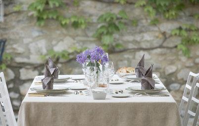 Cómo convertirse en el anfitrión perfecto: 8 claves para servir la mesa