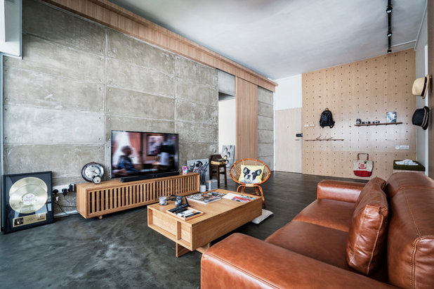 Industrial Living Room by Obllique Pte Ltd