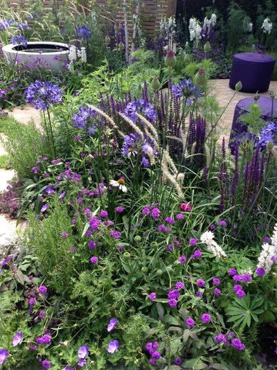 5 Ways To Use Pastel Plantings In Contemporary Gardens