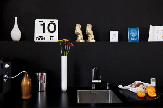 die kleine schwarze eine neue frankfurter k che. Black Bedroom Furniture Sets. Home Design Ideas