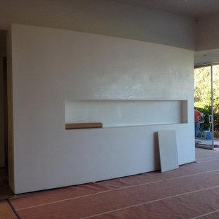 Home design - modern home design idea in Orange County