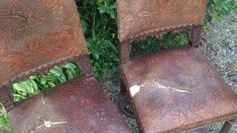 8 chaises style Renaissance en cuir de Cordoue, en attente de réfection
