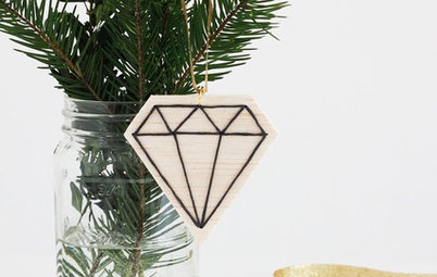 20 DIY Ornaments to Give or Keep