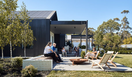 Houzz Tour: A Contemporary House That's a Little Bit Country