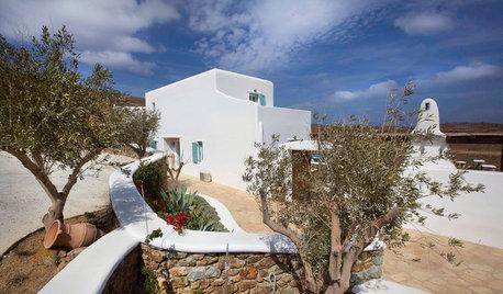 Houzz Греция: Белая уединенная вилла в кикладском стиле