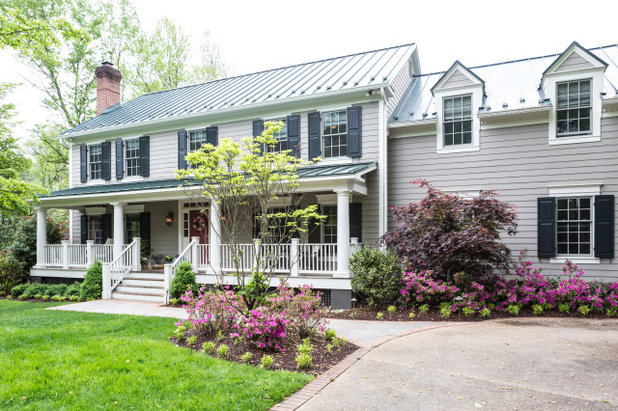 Traditional Exterior by Waterlily Interiors